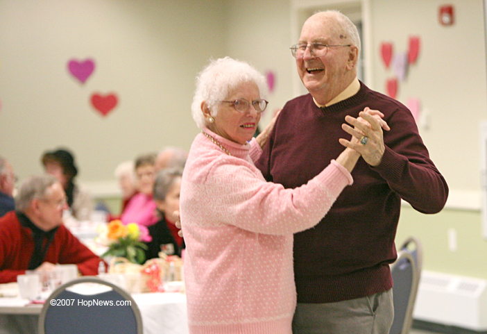 hopkinton senior singles Independence is the only 55+ community that is located close to the beaches and daily happy hour, movie night, singles night, holiday formals, morning.